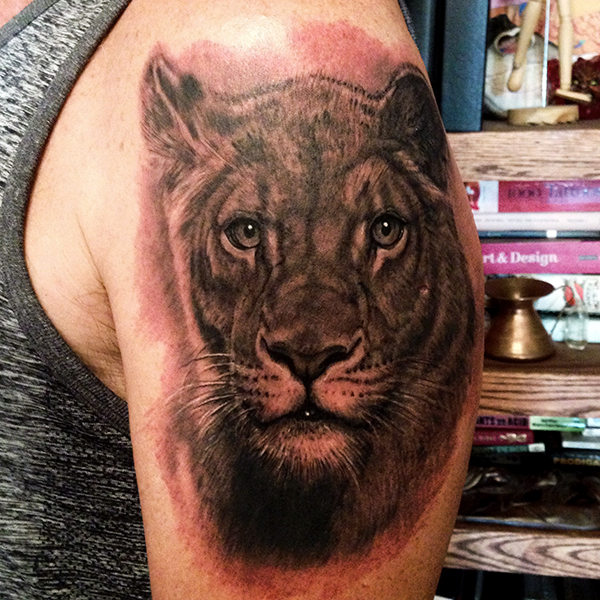 Реалистичная татуировка. realistic tattoo. George Bardadim Tattoo